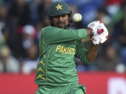 Ahead Champions Trophy Final Virender Sehwag Supports Sarfraz