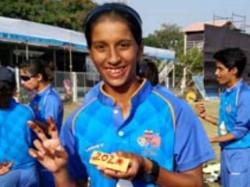 Mumbai Girl Hit Double Century