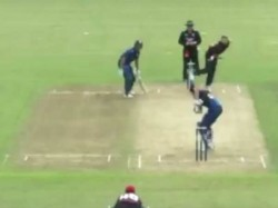 A Ball Hits Bowlers Head Went Six New Zealand