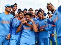 Australia Set 217 Runs Target India Under19 World Cup Final