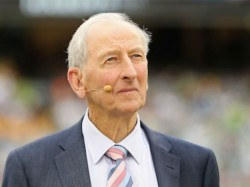 Bill Lawry Continue With Channel Nine