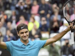 Roger Federer Moves Towards His 10th Title In Halle Open