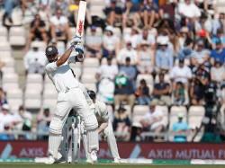 Virat Kohli Becomes The Fastest Test Captain Score 4000 Runs