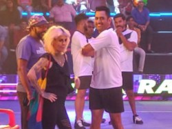 Dhoni Playing Kabaddi A Ad Shooting After He Was Dropped T20 Squads