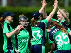Ireland Women S Team Captain Laura Delany Tears After 38 Run Loss To Pakistan