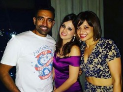 Robin Uthappa Is The Reason Behind Sakshi Dhoni Together