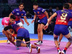 Pkl 2018 November 30 Match Results Delhi Beat Jaipur Tamil Thalaivas Drawn With Patna