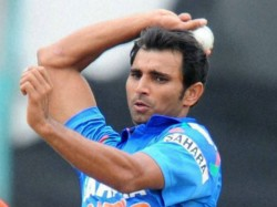 India Vs Newzealand Mohammed Shami Become Fastest Indian To Reach 100 Wickets In Odi