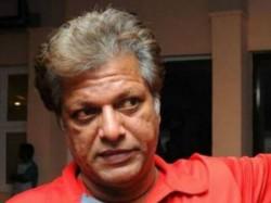 Kapil Dev Blasts Efforts Stop Wv Raman As Women Team Coach