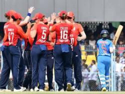 India Fails Score Three Runs Final Over England Sweeps T