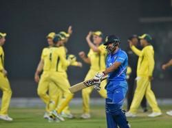 India Vs Australia 5th Odi Live Score Update