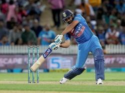 India Vs Australia 5th Odi Rohit Sharma Crossed 8000 Runs In Odi
