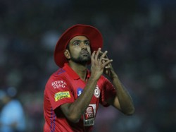 Kxip Vs Dc Ashwin Took Prithvi Shaw Wicket At The First Ball Of The Match