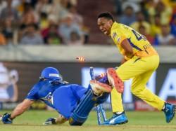 Ipl 2019 Mi Vs Csk Mitchell Mcclenaghan Sacrifices His Wicket To Get Pollard In Strike