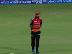 Ipl 2019 Rcb Vs Srh Yusuf Pathan Dropped Catch Of Hetmyer Which Costs The Match