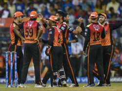 Ipl 2019 Sunrisers Hyderabad Entered Into Play Off With Just 12 Points