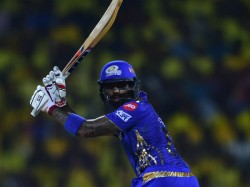 Mumbai Indians Won The Play Off Match Against Csk And Enters In To Ipl Final