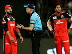 Umpire Nigel Llong Given A Fine Of Rs 5 000 For Door Kick Moment During Rcb Srh Match