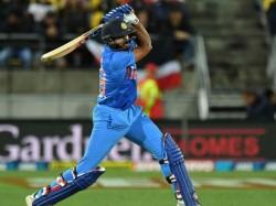 Former Player And Commentator Sanjay Manjrekar Wants Vijay Shankar To Bat At No