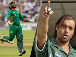 Wi Vs Pak Cricket World Cup 2019 Shoaib Akthar Slams Pakistan Captain Sarfraz Ahmed