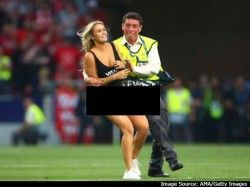 A Woman Pitch Invader In Uefa Final Match In Spain Becomes Viral