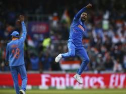 Ind Vs Pak Cricket World Cup 2019 Wasim Akram Slam As Pakistan Bowling Unit Failed