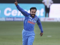 World Cup 2019 Dinesh Karthik And Ravindra Jadeja Should Play Against England