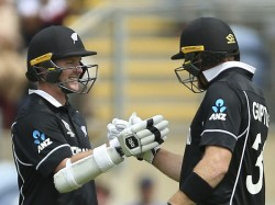 Newzealand Crushed Srilanka And Won By 10 Wickets