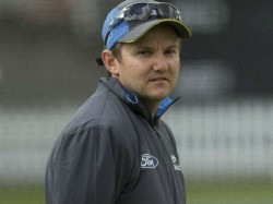 Ex Coach For Newzealand Mike Hesson May Be The Next Indian Coach Says Sources