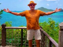 Ravi Shastri Enjoying In Antigua Beach Fans Troll