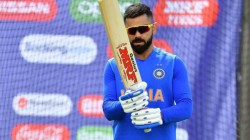 Ind Vs Sa Virat Kohli Stepped Out With An Umbrellaa As Rain Threatens First T