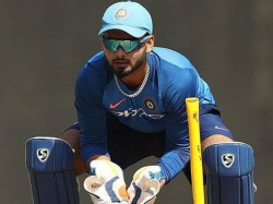 I Can T Become Like Dhoni In Overnight Says Young Player Rishabh Pant