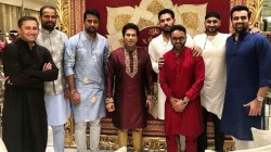 Tendulkar Spent Time With His Former Teammates Including Yuvraj Singh