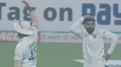 Ind Vs Ban Virat Kohli Shami Shocked After Mehidy Hasan Hit Six Out Of Edge