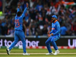 Ind Vs Wi Kuldeep Yadav Scolded By Virat Kohli After Loose Bowling