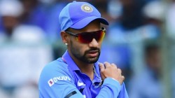 Ind Vs Aus Shikar Dhawan Injured Badly And Taken To Hospital To Take Scan