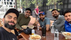 Virat Kohli Relishes Good Meal With Team Mates In Auckland