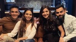 Virat Kohli Anushka Sharma Joins With Sunil Chhetri Wife Sonam For Dinner