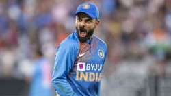 Ind Vs Nz Captain Kohli Dropped A Easy Catch And Frustrated Himself