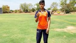 Kashvee Gautam Returned With The Figures Of 10 12 In Her 4 5 Overs