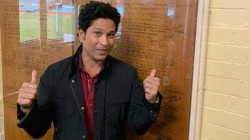 Lyricist Vivek Pleading Sachin To Take Bat In His Hand And Play
