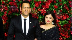 Sakshi Dhoni Slams Media For Carrying Out False News About Husband Donation