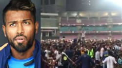 Hardik Pandya Had Hit 158 Runs Off 55 Balls In Dy Patil T20 Cup