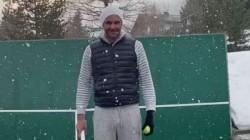 Roger Federer Shows Off His Trick Shots