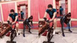 Sakshi Malik Does Exercise With Husband In House