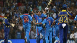Dhoni Want To Select This Player And Not Yuvraj Singh In 2011 World Cup