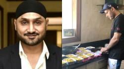 Harbhajan Singh Applauds Virender Sehwag S Gesture For Migrant Labourers