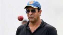 Pakistan S Wasim Akram Warns Saliva Ban Will Make Bowlers Robots