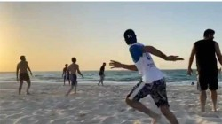 Ipl 2020 Mumbai Indians Stars And Families Enjoy Quality Time At The Beach