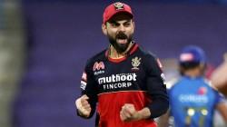 India Vs Australia Fans Comparing Kohli Paternity Leave With Dhoni